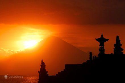 Em louvor do vulcão