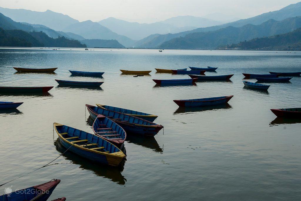 Lago Phewa, Pokhara, Nepal