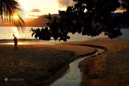 Vulto na Praia do Curral, Ilhabela, Brasil