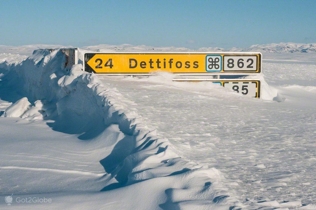 O caminho para Detifoss