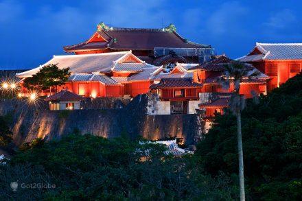 Castelo de Shuri em Naha, Okinawa o Império do Sol, Japão