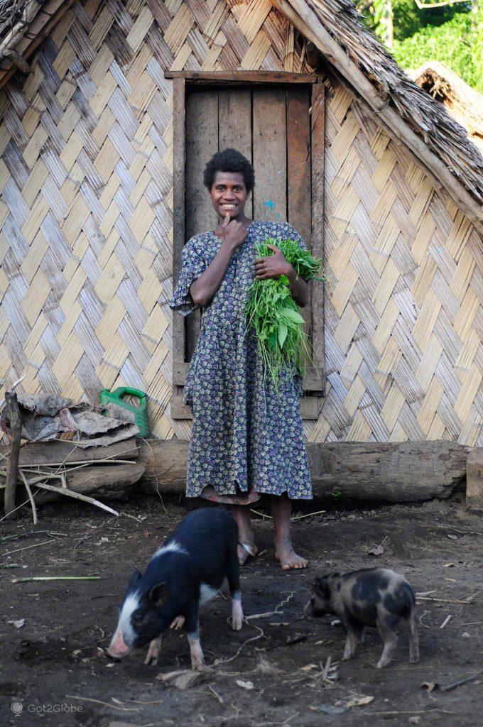 À porta, Tanna, Vanuatu ao Ocidente, Meet the Natives
