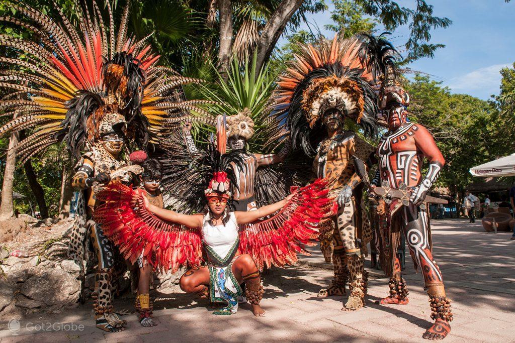 Figurantes Deuses Maias, Tulum, Ruínas Maias da Riviera Maia, México