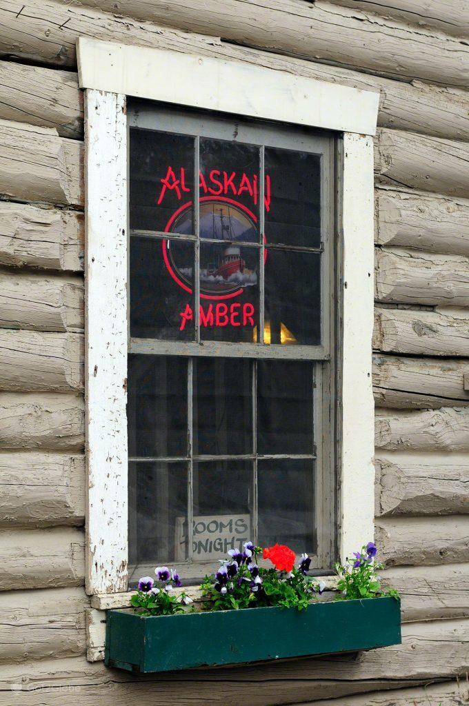 Alaskan Amber, Vida à Moda Alasca, Talkeetna