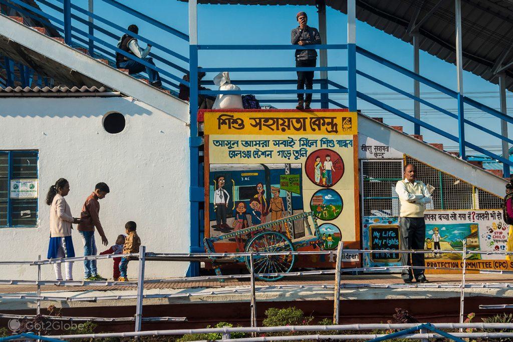 Estação ferroviária de Siliguri, Bengala Ocidental, Índia