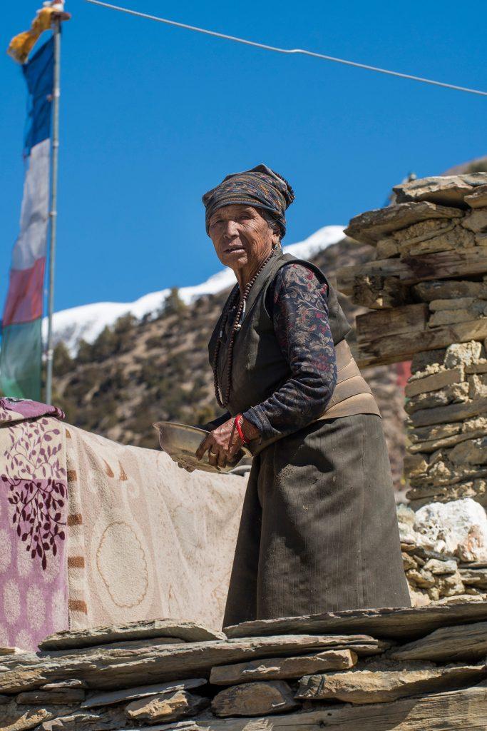 Nativa, Ngawal, circuito Annapurna, Nepal