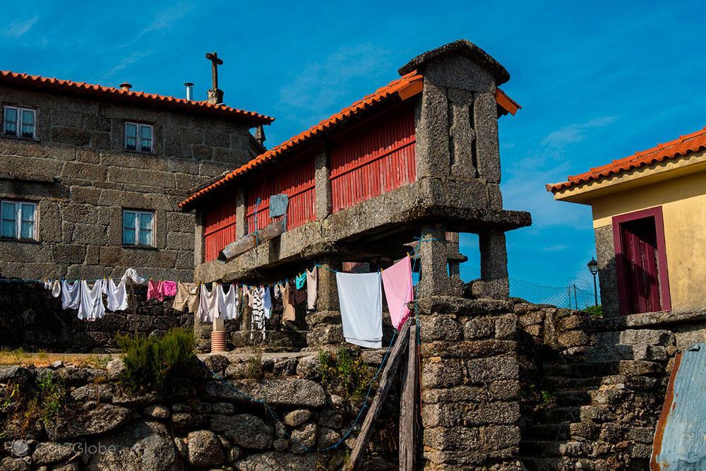 Casa dos Bernardos, Santa Isabel do Monte, Terras de Bouro