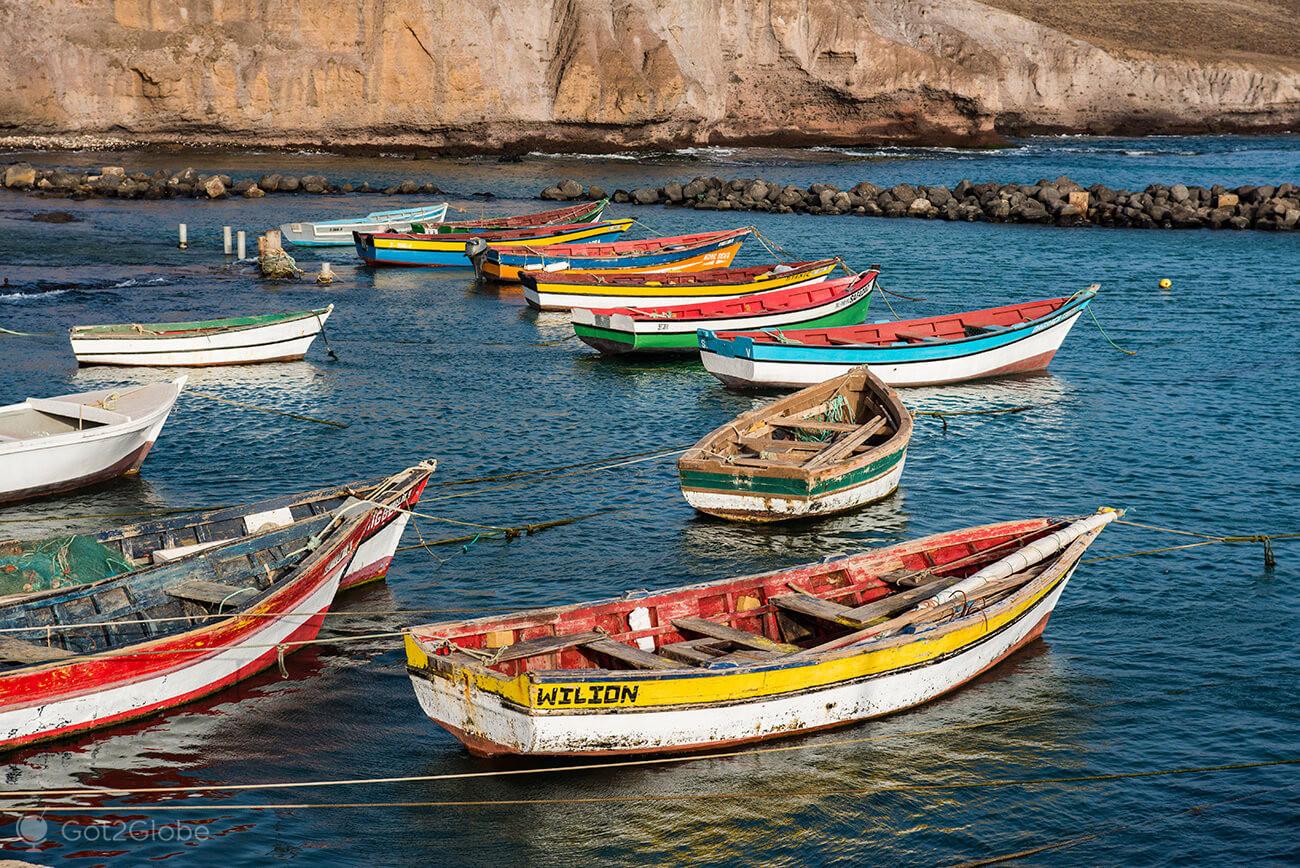barcos de pesca, Pedra de Lume, ilha do Sal, Cabo Verde