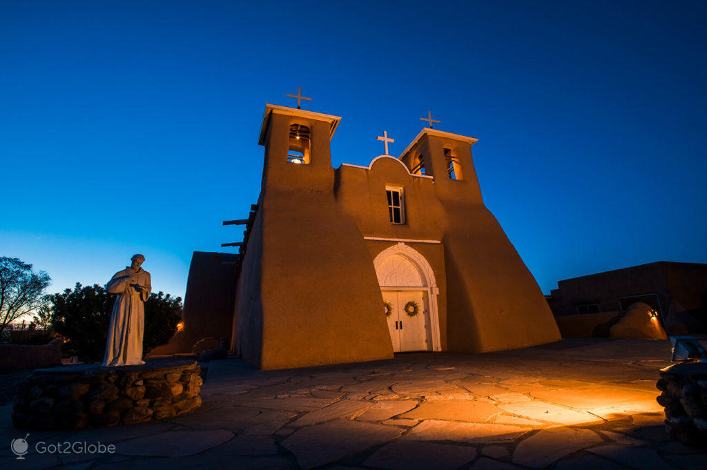 igreja de San Francisco de Assis, Taos, Novo México, Estados Unidos
