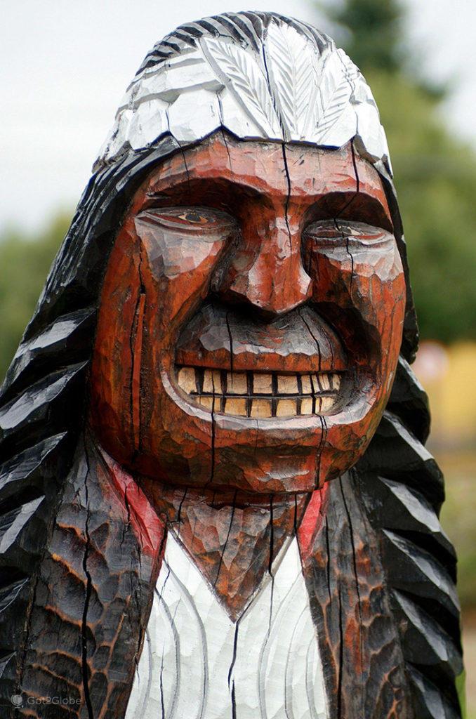 Escultura índio mapuche, Pucón, La Araucania, Chile