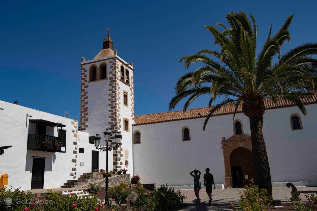 igreja Catedral de Santa Maria, em Betancuria, Fuerteventura, Canárias, Espanha