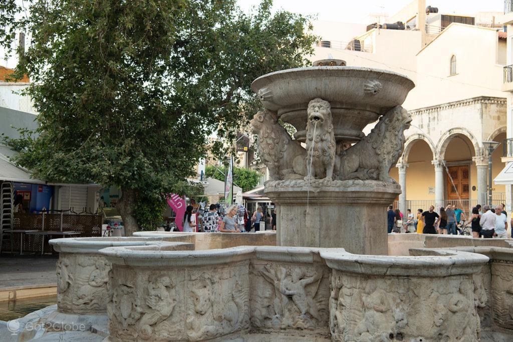 """Fonte dos """"Leões"""", Iraklio, Creta, Grécia"""