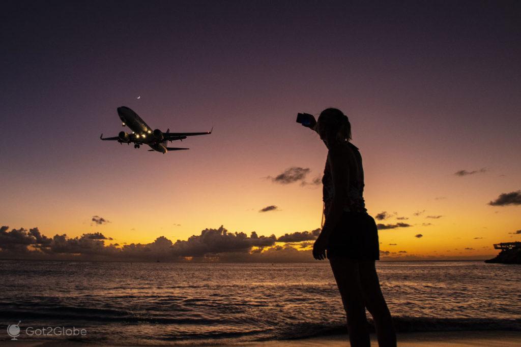 Aterragem sobre o Ocaso, Maho Beach, Sint Maarten