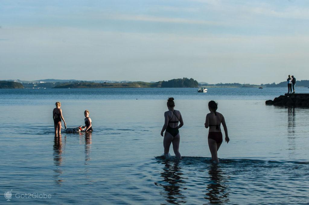 Amigas banham, Mollebukta, Stavanger, Norueg