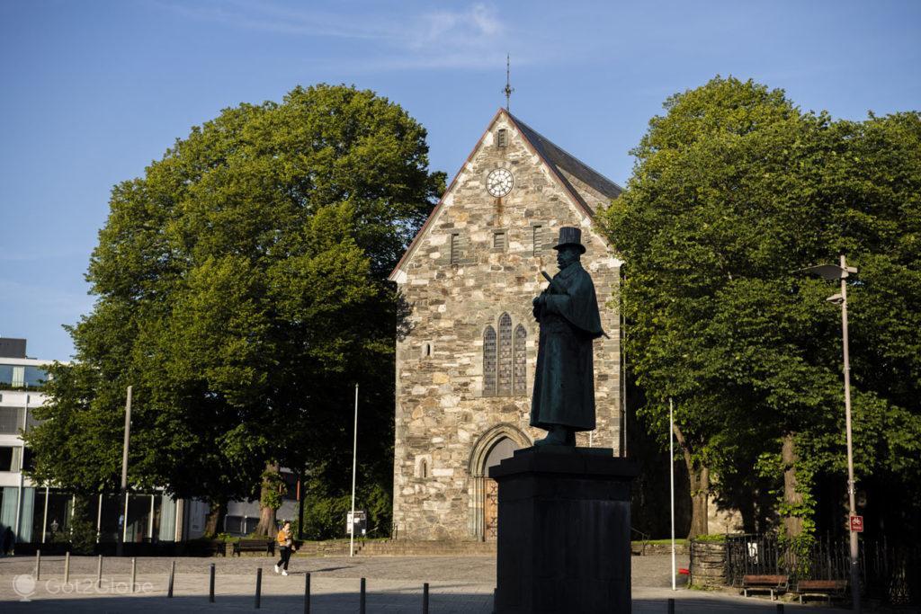 Estátua de Alexander L. Kielland, Stavanger, Noruega