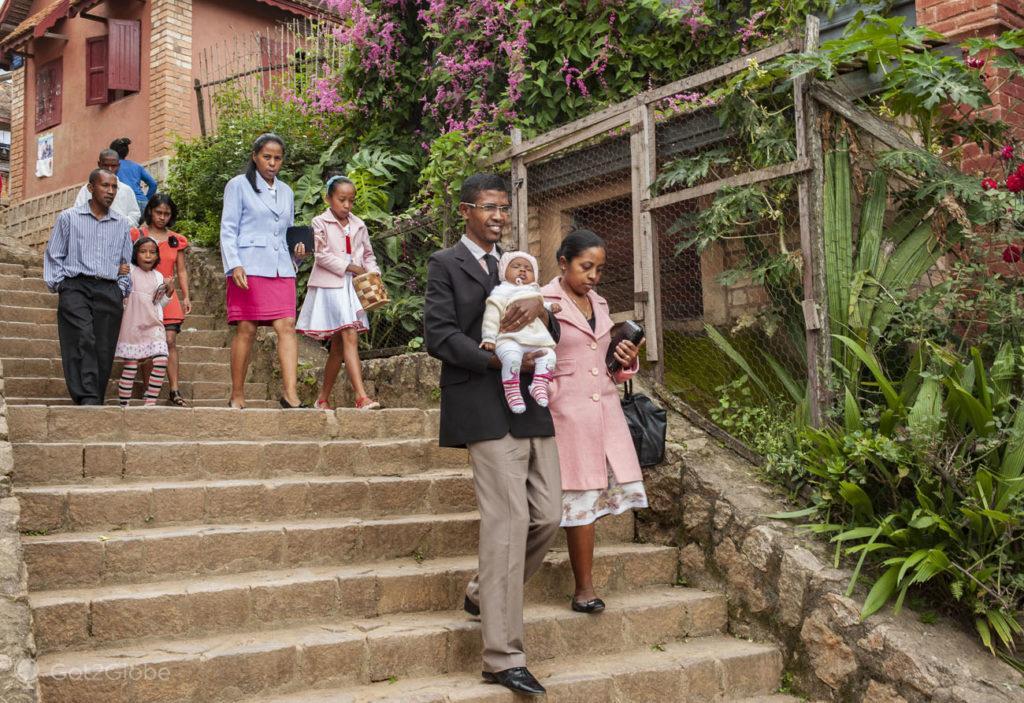 Fieis cristãos, Fianarantsoa, Madagascar.