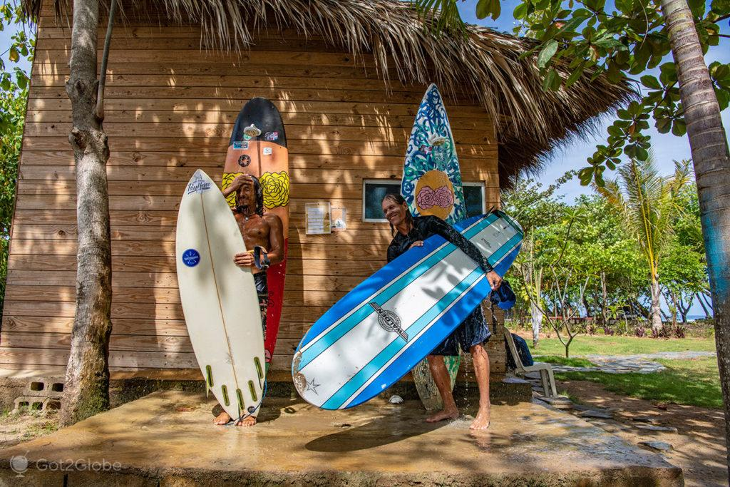 Gabriel e Huba no duche, Playa El Encuentro, Cabarete