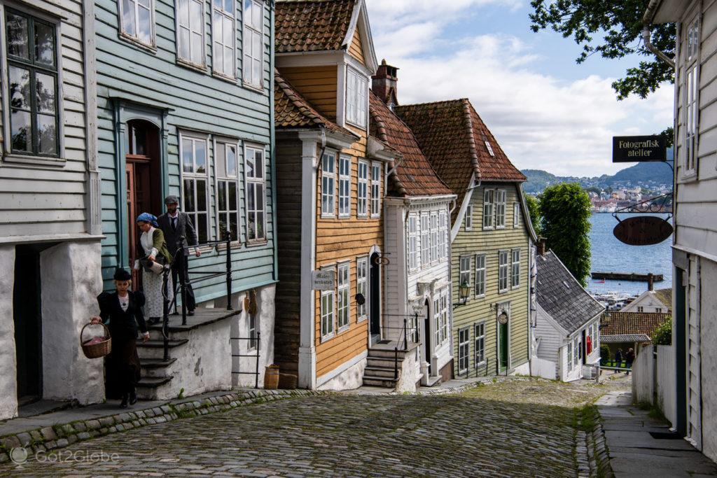 Figurantes de saída, Gamle Bergen, Noruega