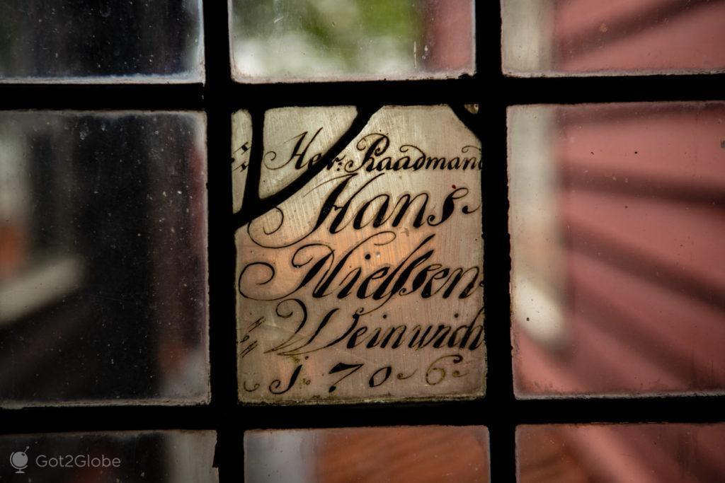 Vidro antigo, museu Liga Hanseática e Schotstuene, Bryggen, Bergen, Noruega