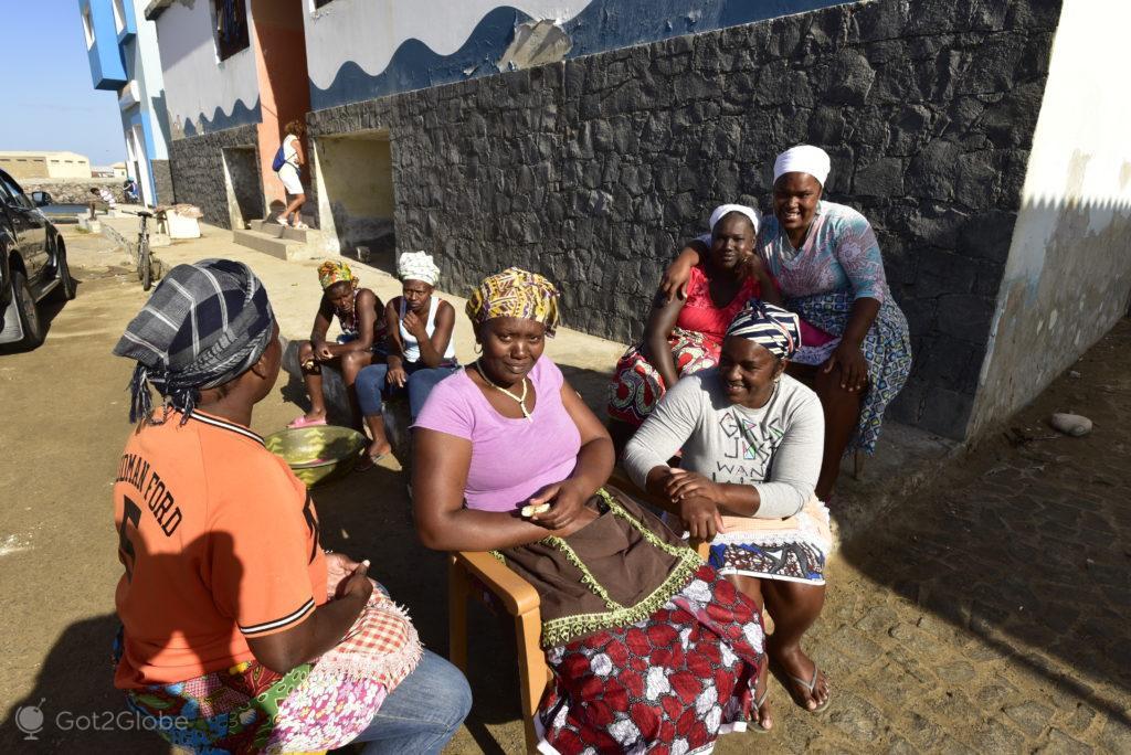 Peixeiras, Ilha da Boa Vista, Cabo Verde, Sal, a Evocar o Sara