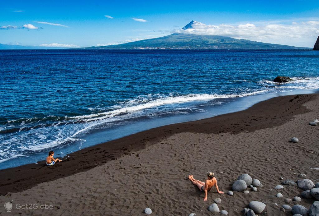 Praia do Almoxarife, Horta, Faial, Cidade que dá o Norte ao Atlântico
