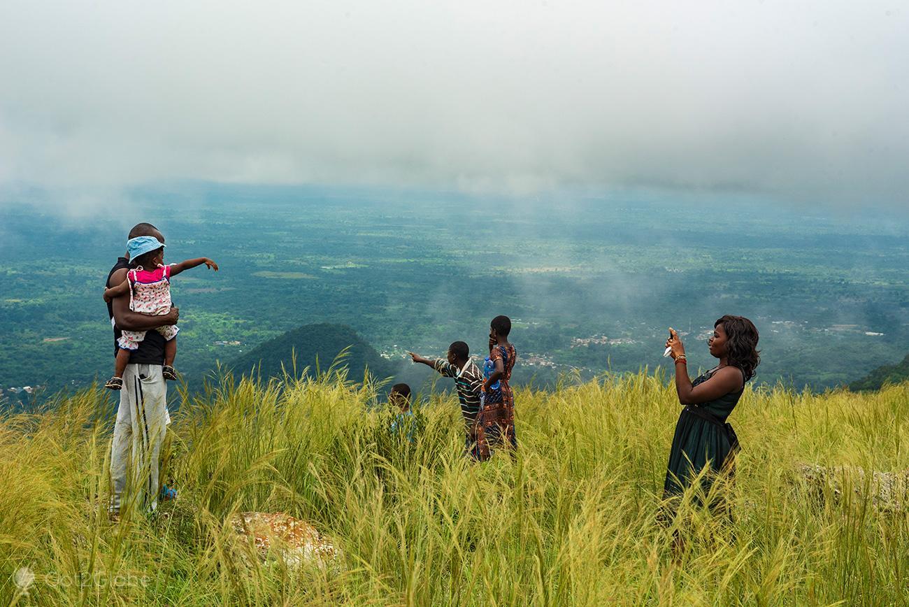 Família, Monte Gemi, Amedzofe, Gana
