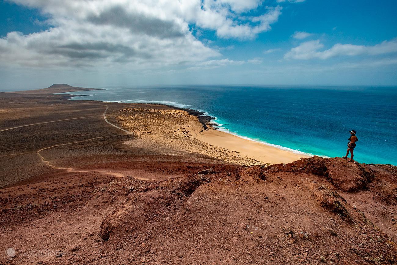 Montaña Bermeja e Playa de Las Conchas, La Graciosa, Ilhas Canárias, Espanha