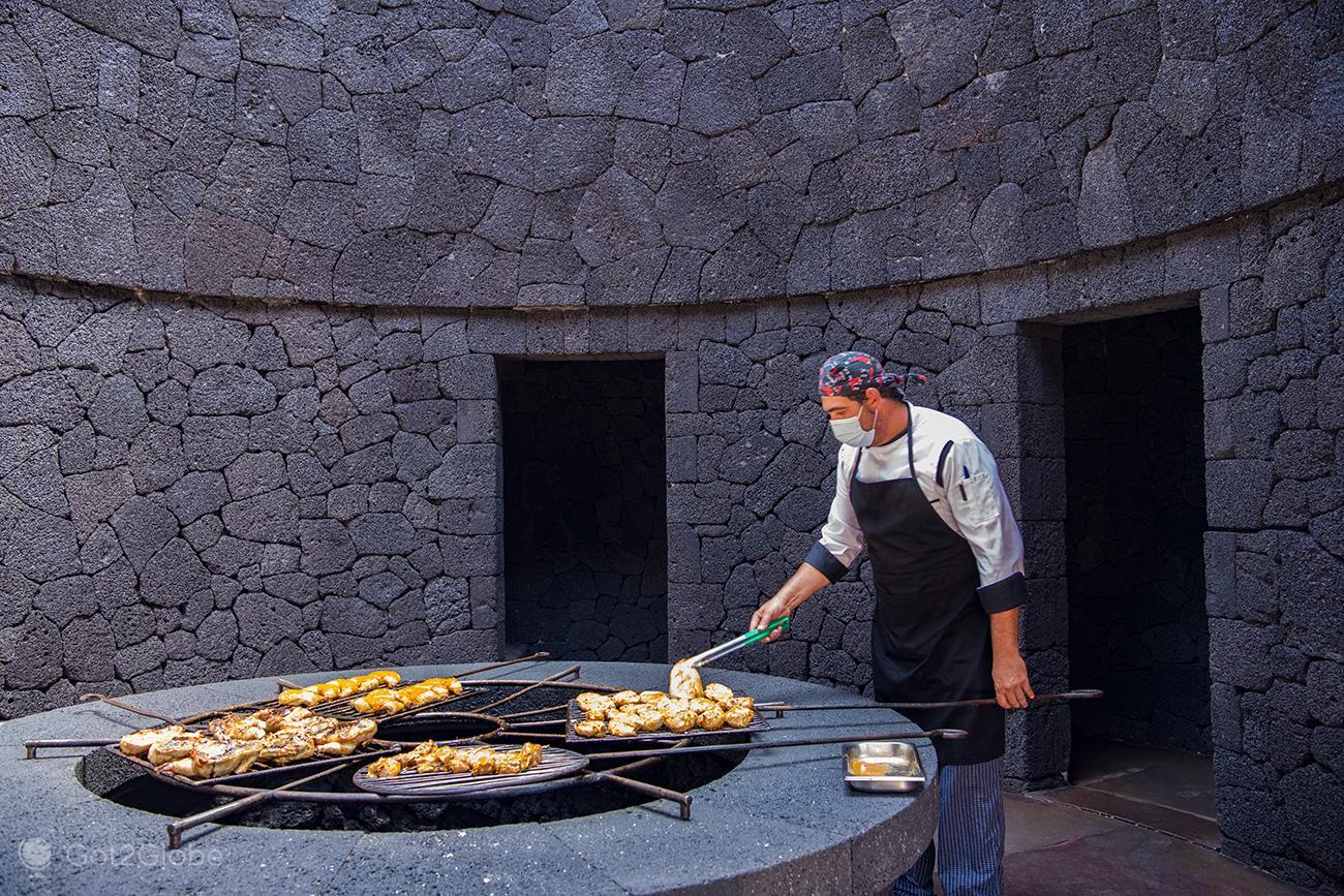 PN Timanfaya, Montanhas de Fogo, Lanzarote, Grill do Restaurante El Diablo