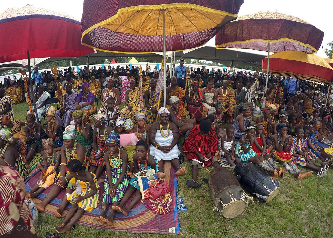 Kente Festival Agotime, Gana, assistência
