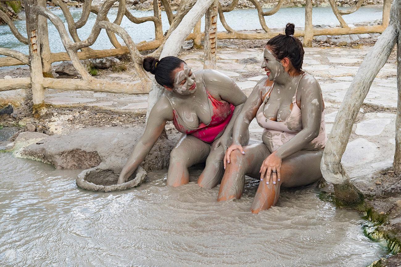 Banho lama em Las Hornillas, vulcão Miravalles, Costa Rica