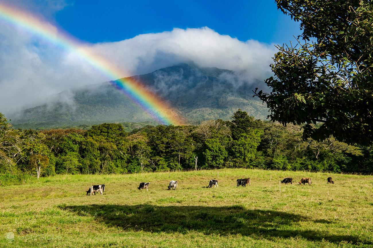 Arco íris, vulcão Miravalles, Costa Rica